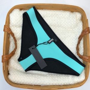 NWT Triangl Neoprane Miami Mint & Black S Bottoms